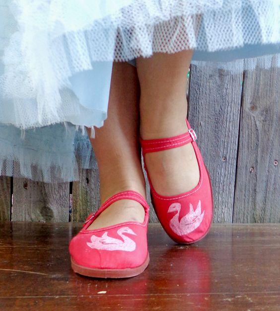 White Swan Ballet Flats