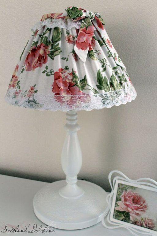 Diy Reciclar Lampara De Mesita De Noche Patrones Gratis Recover Lamp Shades Decorative Lamp Shades Diy Lamp Shade