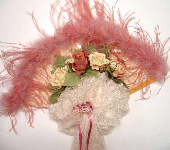 Fabulous Victorian Lace fan