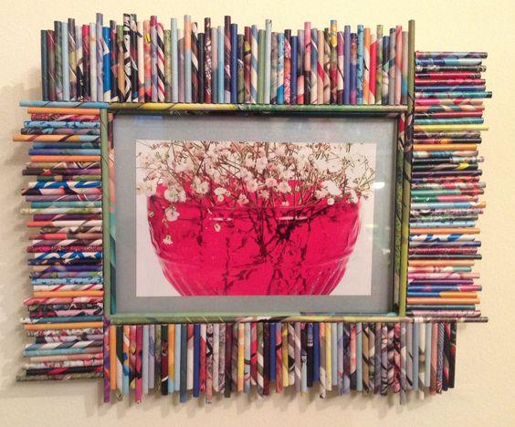Portaretrato marco decorado con papel de revistas - Decoracion de marcos para fotos ...