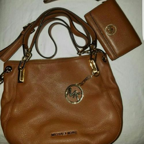 michael kors purse and wallet https://t.co/ByBWUNqVaW https://t.co/iIbh7i87dO
