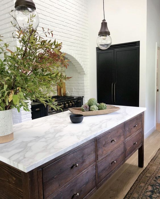 Clean and Simple Kitchen Design