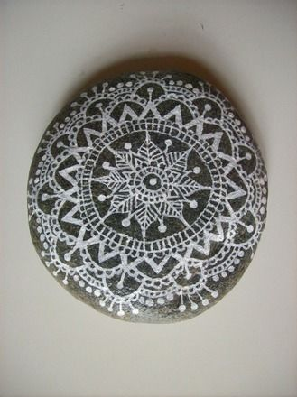 mandalas and cailloux on pinterest. Black Bedroom Furniture Sets. Home Design Ideas