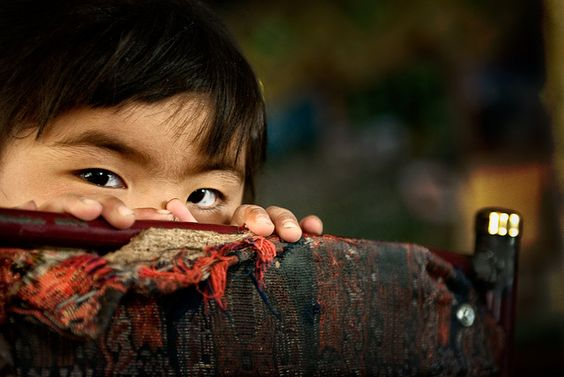 https://flic.kr/p/83d2Rj | the eyes of a little girl | Picture taken in Tibet by Monika Andrae  View bigger size