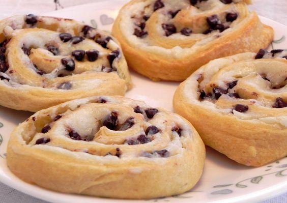 ... cookies apples chips apple dip cream peanut butter toffee apple dip