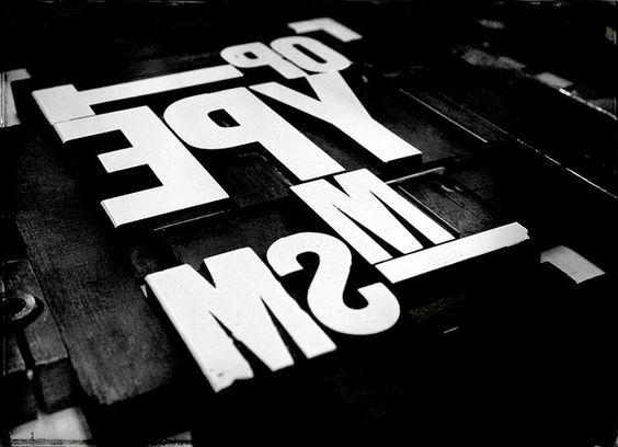 Ink on the wood type face