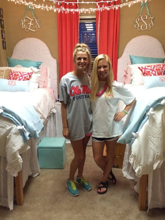 Ole Miss dorm hotty toddy  College  Pinterest  Best  ~ 055653_Sorority Dorm Room Ideas