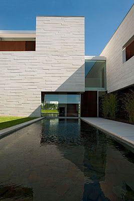 Aldoar House, Porto, Portugal by Topos Atelier de Arquitectura