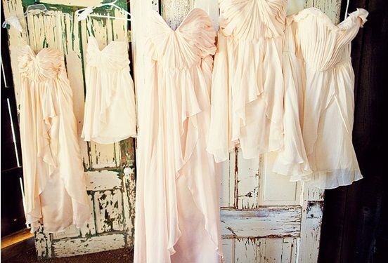 Bridal Party Love: A Soft and Pretty Pastel Wedding. I NEED THESE! OMG.