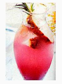 Start off your party with this festive punch made with pineapple juice, cranberry-raspberry juice concentrate, and seltzer or champagne.: Pineapple Juice, Champagne Recipes, Recipes Drinks, Champagne Drinks, Party Punch, Punch Recipe