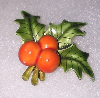 Details about Vintage Signed CFW Enamel Christmas Holly Berry Brooch