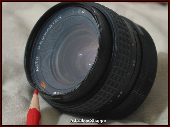 PROMASTER Auto 1:2.8  f/28mm Camera Lens Screw On Used Photography  IMG 3817   http://ajunkeeshoppe.blogspot.com/