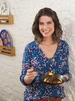 O perfil do @panelinha, da Rita Lobo, é recheado de receitas e dicas incríveis para quem sabe e quer aprender a cozinhar. Já checou?