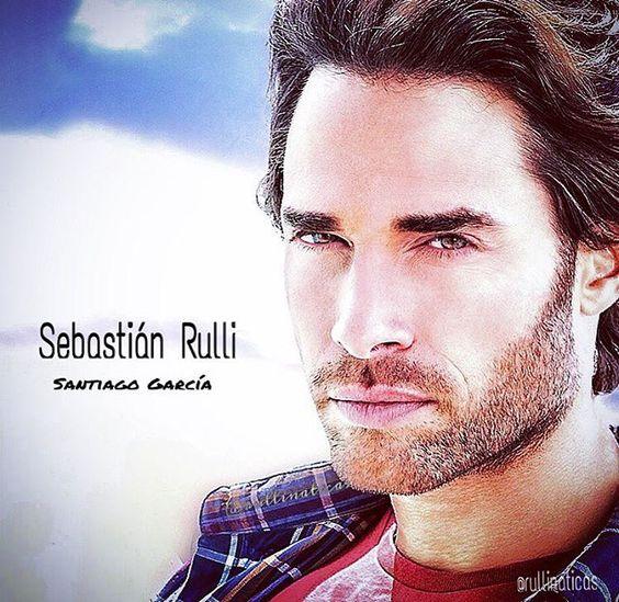 Sebastián Rulli @sebastianrulli es Santiago García en #3VecesAna solo 8 días…
