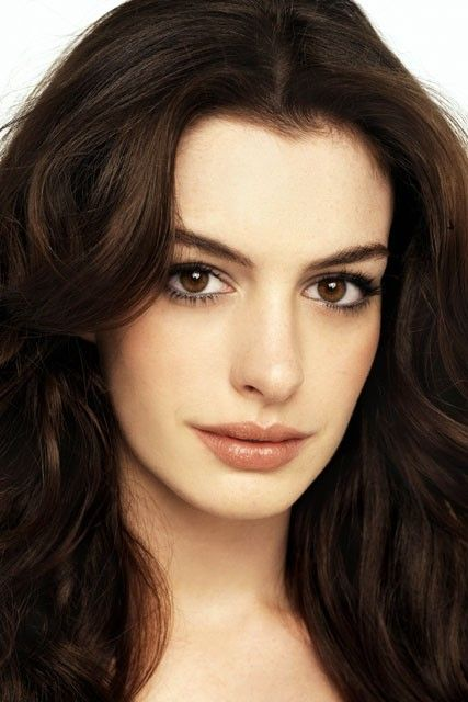 natural look anne hathaway makeup and hair pinterest