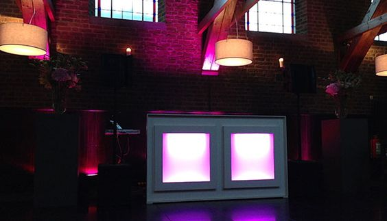 Onze basis drive-in show in Bosschenhoofd. Locatie: Golden Tulip Hotel de Reiskoffer.
