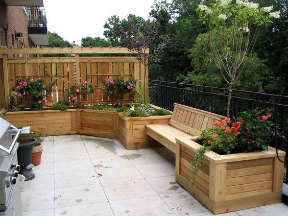 Easy Pool Deck W Privacy Screen: Condo Deck Planter And Bench With Privacy Screen And