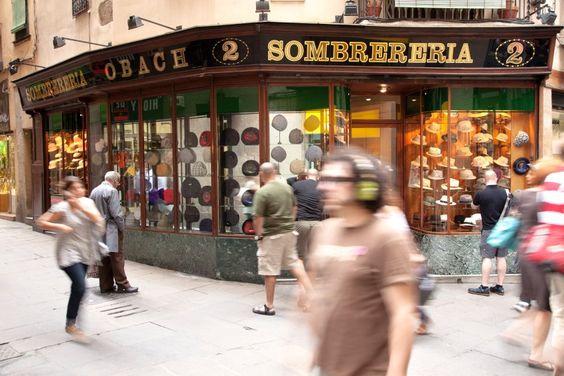 ... handgearbeiteten Hut aus dem Laden Sombrereria im Stadtviertel Barrio Gòtic behelfen, oder sich ein schattiges Plätzchen suchen. Der großzügige und autofreie ...