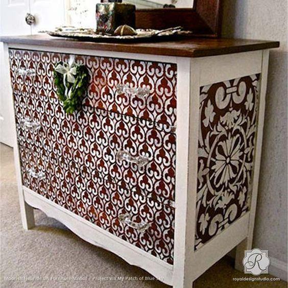 Moorish Fleur de Lis Moroccan Stencil from Royal Design Studio: