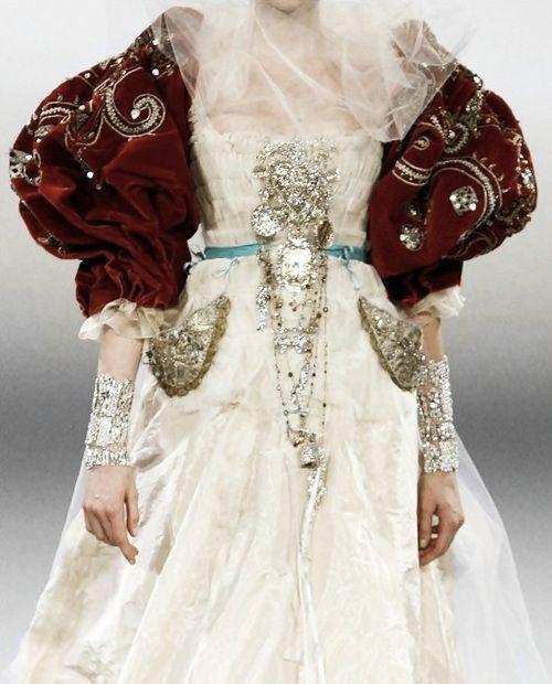 Christian lacroix haute couture dresses i love for Haute renaissance