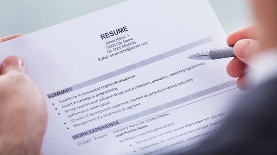 Top 9 Resume Mistakes To Avoid - resume mistakes