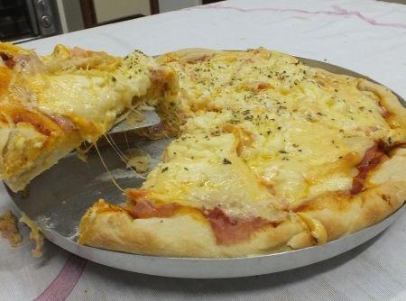 Pizza Fácil - Veja como fazer em: http://cybercook.com.br/pizza-facil-r-13-3074.html?pinterest-rec