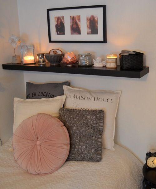 bedroom / estante / organização / bed /