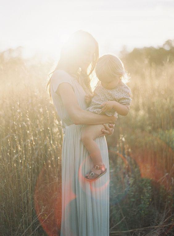 Die Liebe wird immer da sein, aber der Ausdruck wird sich ändern. Wertschätze diese Zeit, wenn Dich Deine Kinder innig umarmen, sich an Dich schmiegen, Deine Nähe suchen ...