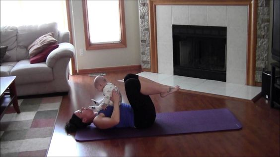 AB EXERCISES TO DO WITH YOUR BABY - MOMMY AND BABY AT HOME ROUTINES