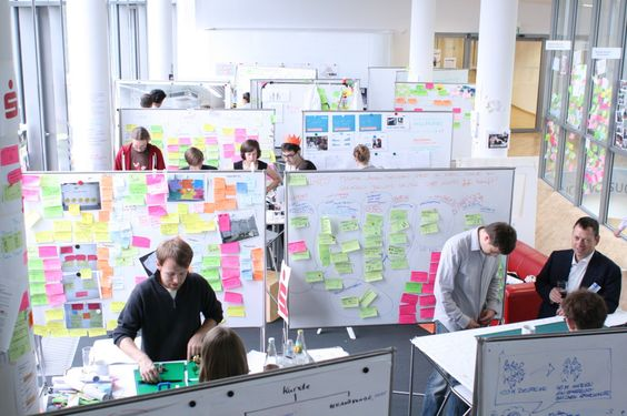 Hpi i potsdam i school of design thinking i dt line i for Design thinking tisch