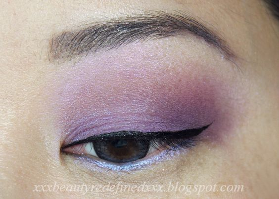 Wet N Wild The Style Award Goes To Collection...Eyeshadow Palettes Review and Swatches - Walking On The Red Carpet and Flirting At The After Party