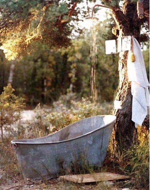 10 Incroyables Baignoires En Etain Pour Le Meilleur Decor De Ferme New Ideas Outdoor Tub Outdoor Baths Outdoor Bathtub