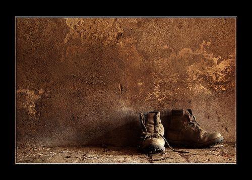 Scarpe rotte e pur bisogna andar......