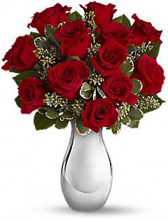 Teleflora's True Romance Bouquet with Red Roses Flowers #ValentinesDay #BodyCentral #LoveitPinitWinit: