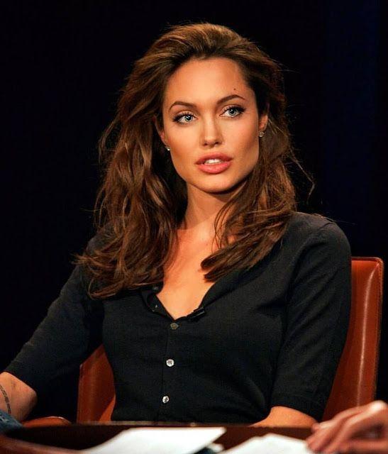 Pin By Zakaria Jem On Selebritis Angelina Jolie Makeup Beauty Angelina Jolie Style