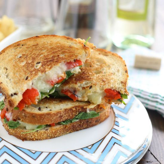 square-grilled-cheese-with-spinach