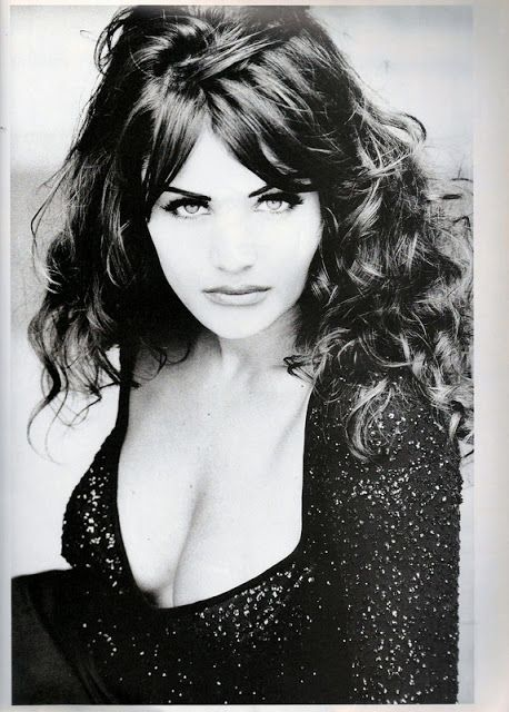 Helena Christensen  UK Vogue November 1992 hot stills collection