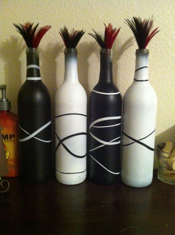 Rubber band bottles Spray paint