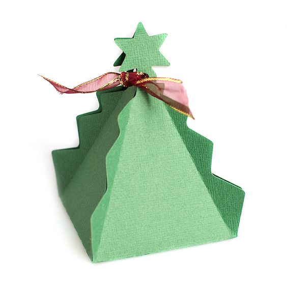 One Piece Christmas Tree Favor Box: