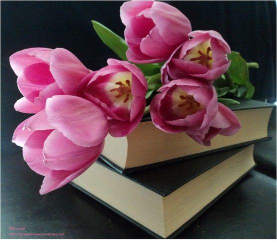 Libros y tulipanes