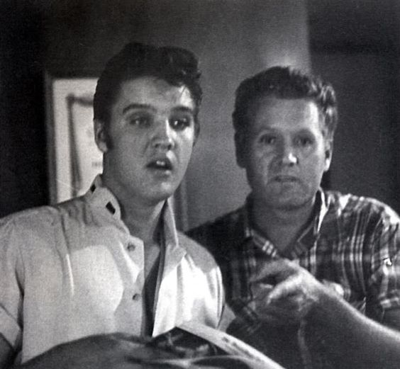 Elvis and his dad Vernon.They certainly weathered some storms together, and apart. Vernon served time for his family, both grieved the loss of Gladys, they stuck together in Germany, had to deal with Vernon's new wife (even though Elvis despised her it never came between father and son), dealt with failed marriages and all this time stayed close. Then Vernon had to so the unimaginable, bury his son. They were a close family unit