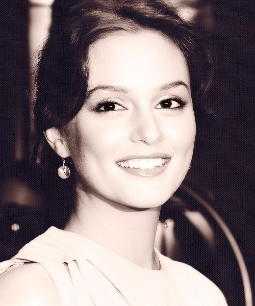 Our generation's Audrey Hepburn... <3 Leighton Meester: