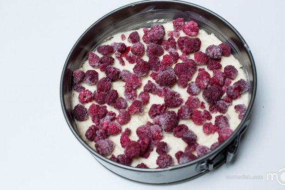 Quick Berry Coffee Cake | Mom's Dish