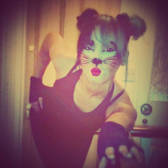 I was a posh little #mouse but everyone thought I was an alley cat  Lol    #Holloween #Uk #FrightNight #tb! #LastYear right before a night in Heaven with @theonlyjavy  by jackithejeweler