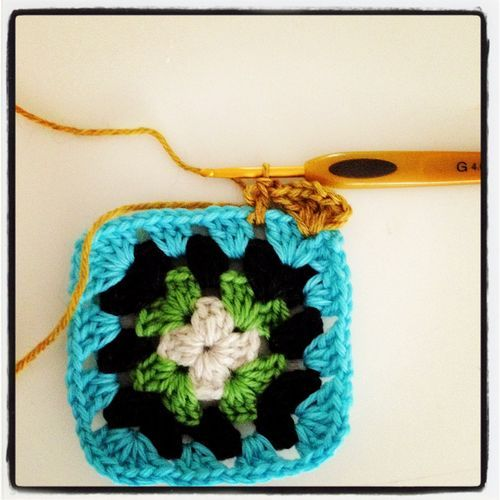 so cute granny square!