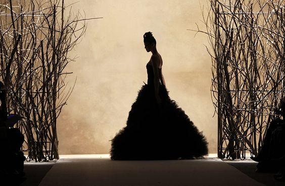 Dark knight wedding? lol: Monique Lhuillier, Fashion Weeks, Dream Dresses, Fashion Dresses, Fashion Photos, 2011 Photos, New York Fashion, Fashion Photography Editorial, Beautiful Photography