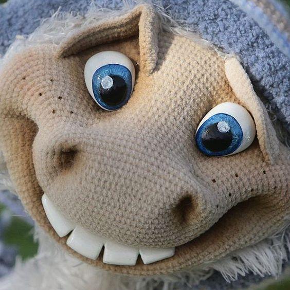 Bigfoot  Yeti А что это вы тут делаете? ;) #amigurumi #knitting  #crochet #vsco  #vscocam  #hobby  #handmade  #игрушкикрючком  #вязанаяигрушка  #вязание
