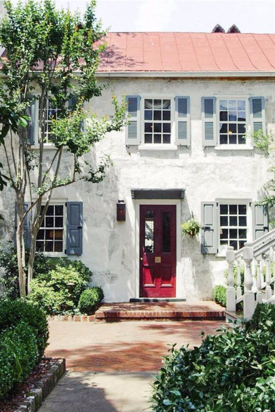 This stay is tucked away just minutes from the Charleston County Public Library and Second Presbyterian Church. Zero George Street (Charleston, South Carolina) - Jetsetter