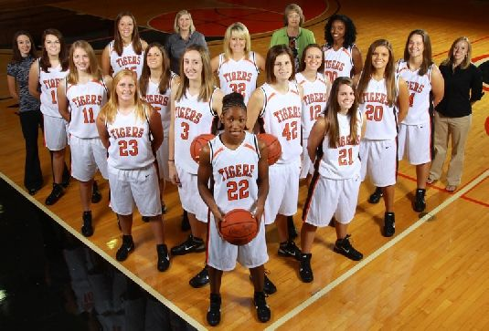 college basketball team pictures | 2010-11 Women's Basketball