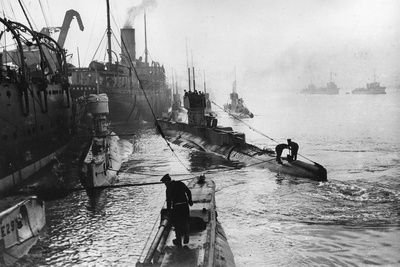WW1. Submarines leaving the ship depot at Harwich. By Thomas E. & Horace…